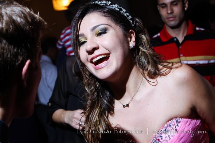 0831_Nicole-15anos-865